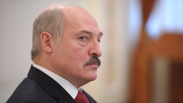 Лукашенко: в Белоруссии и Российской Федерации хватает своего жулья