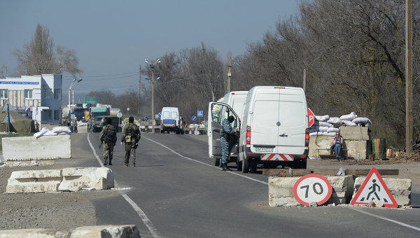 Граница между Крымом и Украиной. Архивное фото