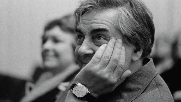 Театральный режиссер, создатель и художественный руководитель Театра на Таганке Юрий Петрович Любимов