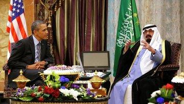 Президент США Барак Обама и король Саудовской Аравии Абдалла бен Абдель Азиз Аль Сауд во время встречи в Эр-Рияде. Фото с места событий