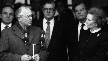 Горбачев и Тэтчер. Архивное фото