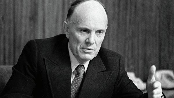 Борис Евгеньевич Патон, 1981 год