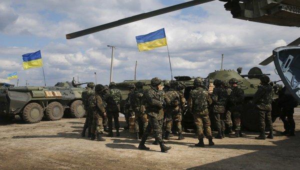 Украинские войска в городе Изюм 15 апреля 2014