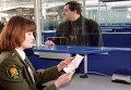 "В зале регистрации международного терминала в аэропорту ""Внуково"""