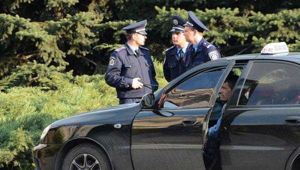 Сотрудники милиции, архивное фото