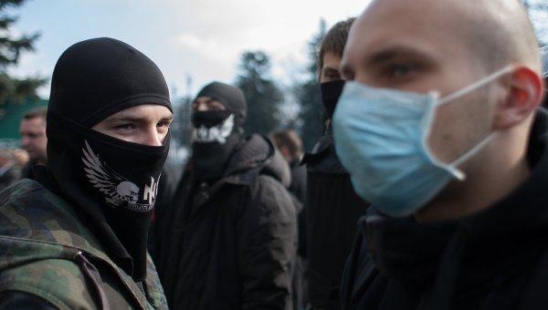 Сторонники радикального движения Правый сектор. Архивное фото