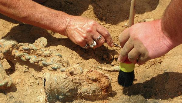 Археологические работы. Архивное фото