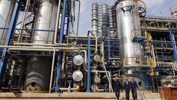 Новополоцкий нефтеперерабатывающий завод Нафтан. Архивное фото