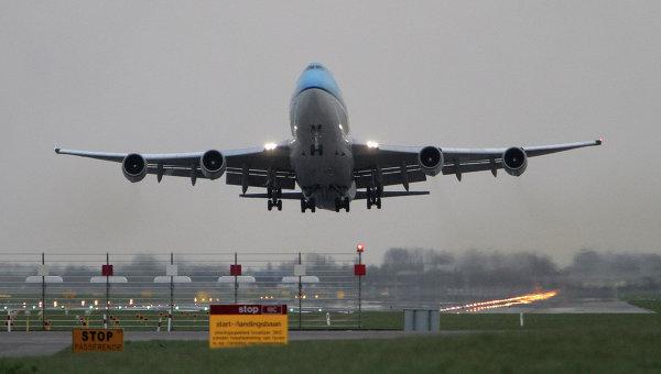 Самолет авиакомпании KLM. Архивное фото