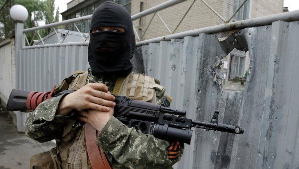 Боец народного ополчения Донецкой Народной Республики. Архивное фото