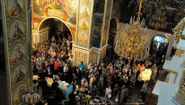 Прощание с главой Украинской православной церкви митрополитом Владимиром