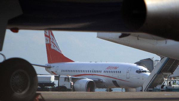 Самолет Airzena - Georgian Airways. Архивное фото
