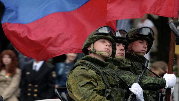 Военнослужащие России во время парада в Севастополе. Архивное фото.