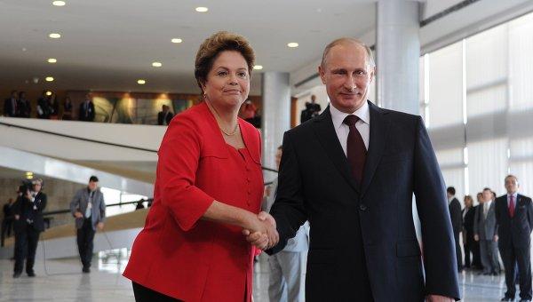 Официальный визит В.Путина в Бразилию. Архивное фото