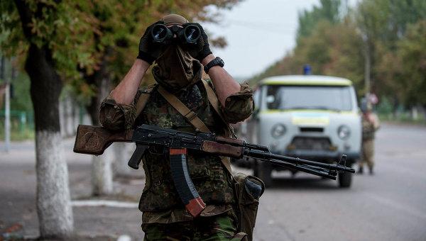 Украинский солдат в Донецке. Архивное фото