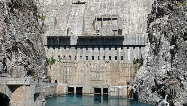 Токтогульская ГЭС. Архивное фото