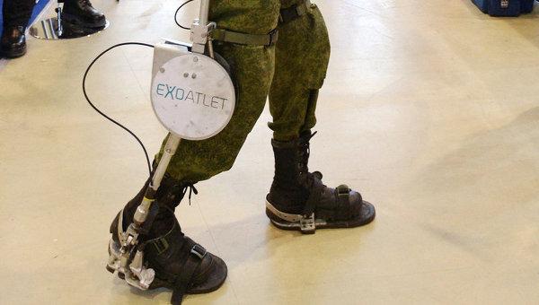 Экзоскелет ExoAtlet. Архивное фото