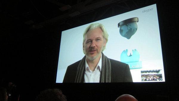 Интерактив с основателем сайта WikiLeaks Джулианом Ассанжем