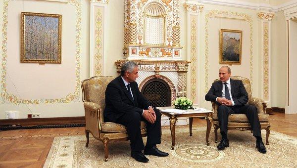 В.Путин встретился с новоизбранным президентом Абхазии