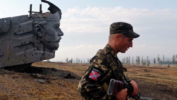 Ополчение ДНР вернуло контроль над стратегической высотой Саур-Могила, 28 августа 2014