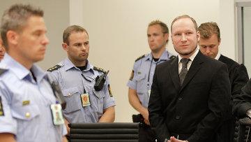 Андерс Брейвик в зале суда