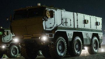 Оперативно-тактический ракетный комплекс ПУ Искандер-М, архивное фото