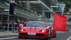 Демонстрационные заезды на церемонии открытия трассы Формулы 1