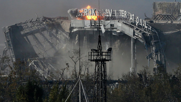 Бои за аэропорт Донецка. Архивное фото