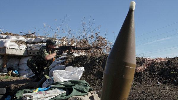 Боец народного ополчения в Донецке. Архивное фото