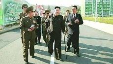 Кадры первого публичного появления Ким Чен Ына после слухов о его болезни