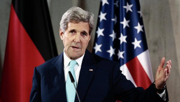Госсекретарь США Джон Керри во время пресс-конференции в Берлине