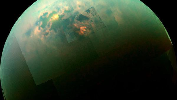 Отражение солнечного света на поверхности моря на Титане