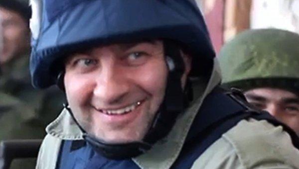 Актер Михаил Пореченков посетил позиции ополченцев в аэропорту Донецка