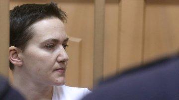 Украинская летчица Надежда Савченко во время судебного заседания, архивное фото