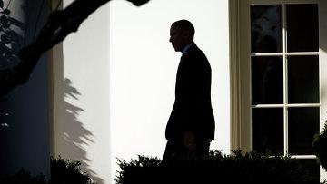 Президент США Барак Обама возле Белого дома в Вашингтоне. Архивное фото