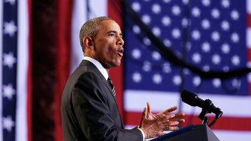 Президент США Барак Обама во время выступления в Чикаго