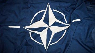 Флаг НАТО, архивное фото