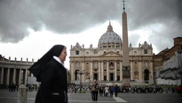 Ватикан в ожидании избрания нового Папы Римского. Архивное фото