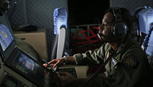 Поиски пропавшего самолета компании Air Asia, Индонезия