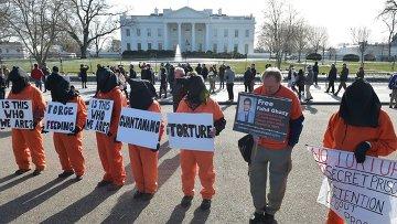 Акция протеста с требованием закрыть тюрьму Гуантанамо в Вашингтоне, 11 января 2015