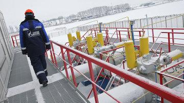 Работник Газпрома. Архивное фото