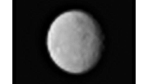 Фотография Цереры, полученная зондом Dawn в середине января 2015 года