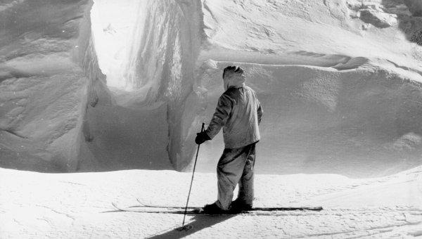 Участник третьей экспедиции адм. Ричарда Берда в Антарктиду
