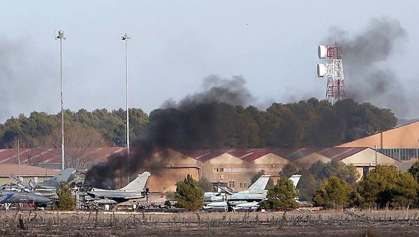 Греческий истребитель разбился при взлете на военной авиабазе в Испании