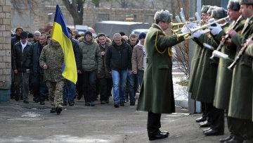 Призывники в украинскую армию. Архивное фото.