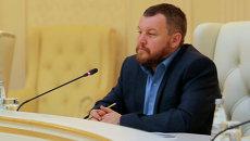 Александр Захарченко лидер ДНР и Андрей Пургин лидер ЛНР на переговорах о прекращении огня. Архивное фото