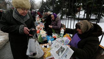 Уличный рынок в Киеве. Архивное фото