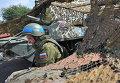 Российский миротворец на блокпосту на въезде в город Бендеры
