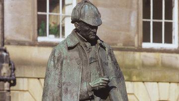 Памятник Шерлоку Холмсу в Эдинбурге. Архивное фото