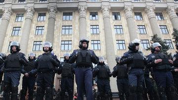 Сотрудники милиции в Харькове. Архивное фото